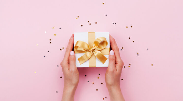 A Gift That Keeps on Giving: Your Guide to Gift Giving Etiquette